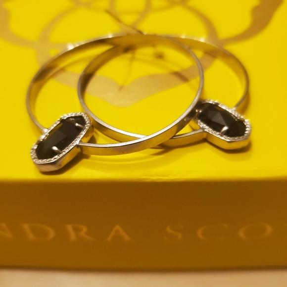 Kendra Scott Elora hoop earrings